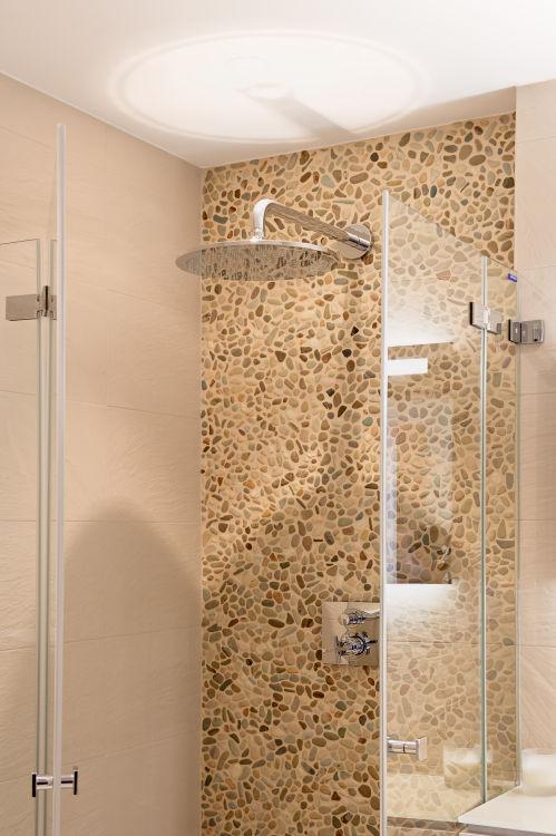 chalet-grace-shower-2