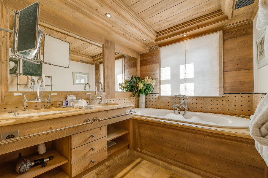 chalet-montana-master-bathroom-2