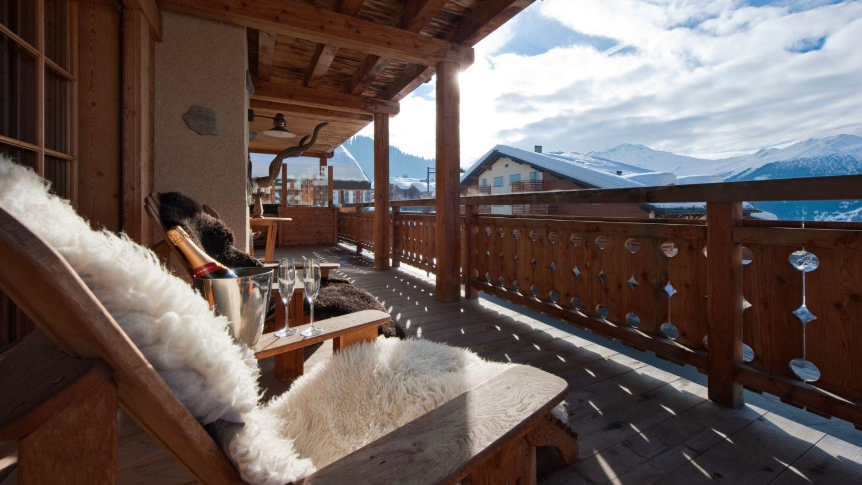 chalet-silver-balcony-2