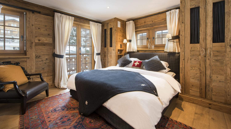 chalet-silver-bedroom-2