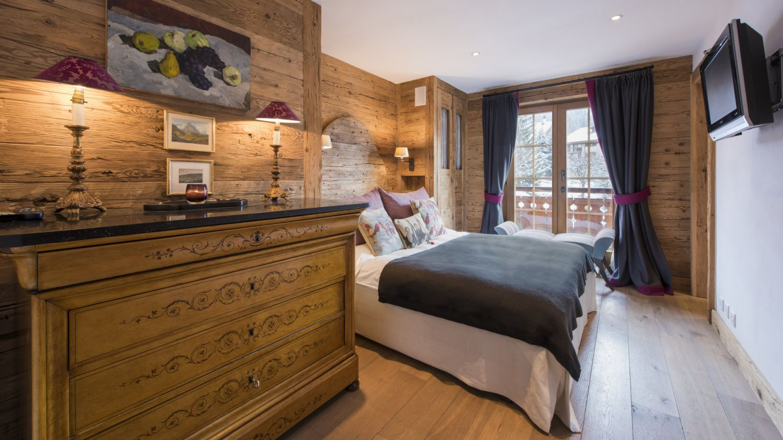 chalet-silver-bedroom3-2