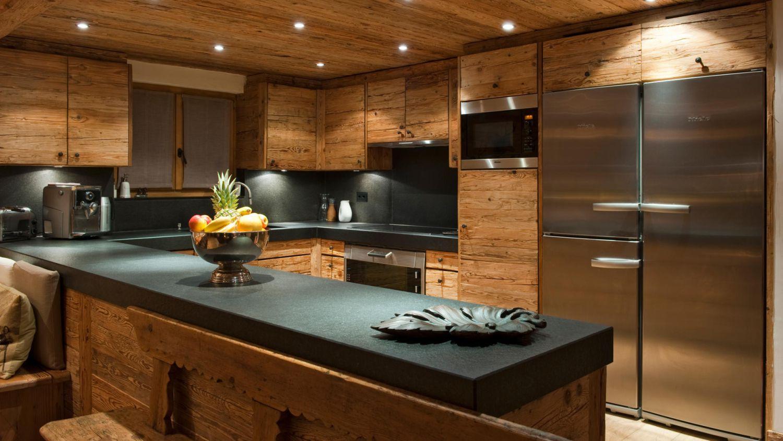 chalet-silver-kitchen-2