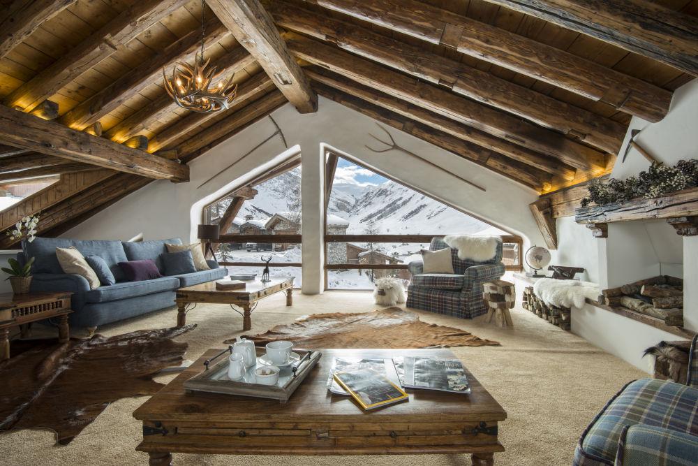 la-bergerie-sitting-room-4