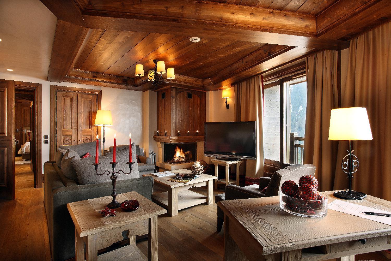 1_lounge_1922_med