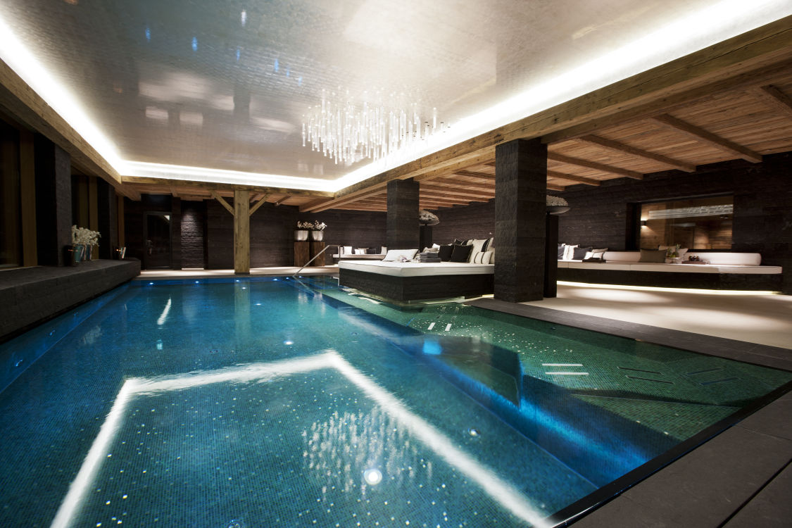 7chalet-n-swimming-pool-2