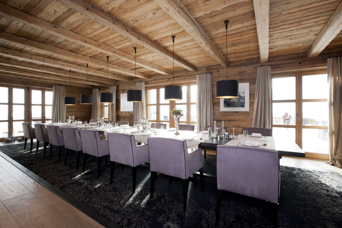 8chalet-n-dining-2