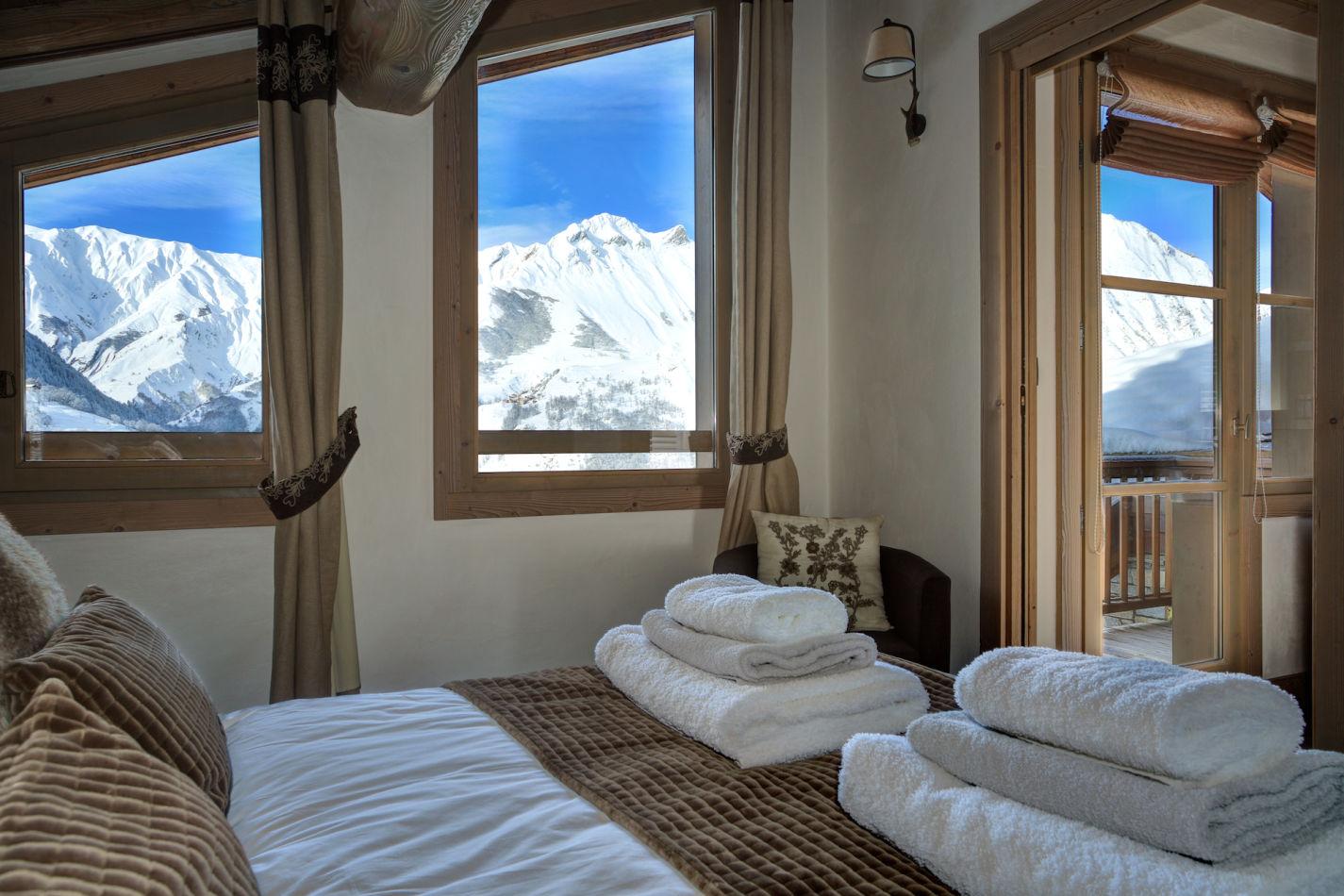 bedroom-4-daytime-shot-image-5