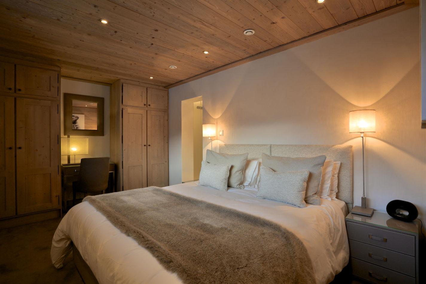 bedroom-5-daytime-image-98