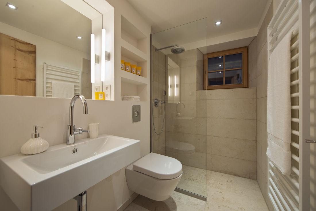 chalet-almajur-bathroom2-2