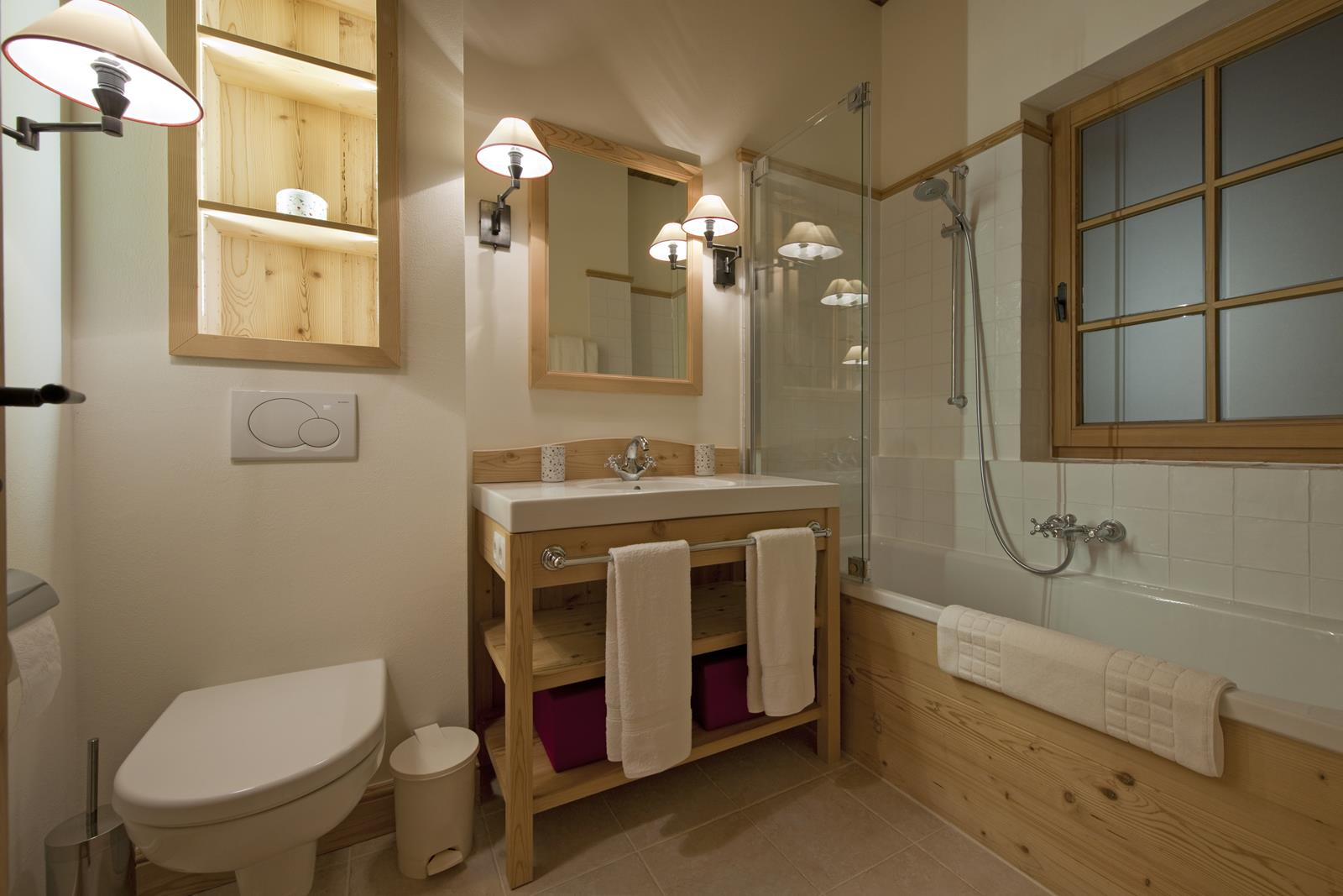 chalet-antoinette-bathroom4-2