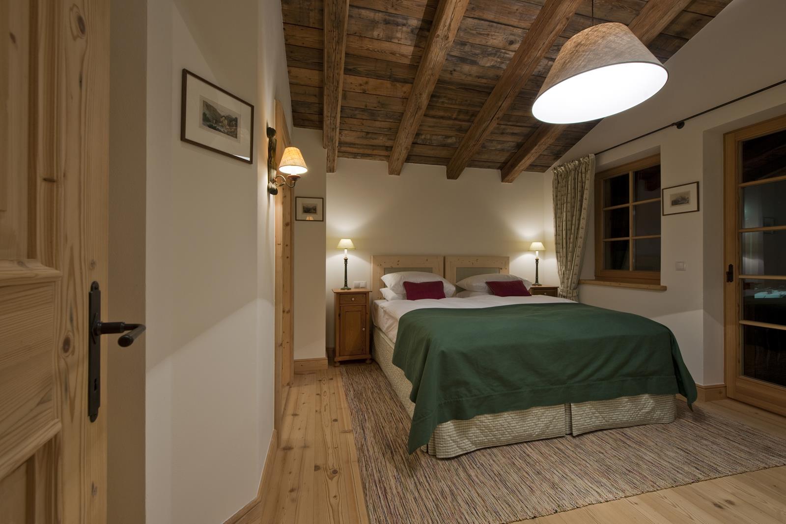 chalet-antoinette-bedroom4-2