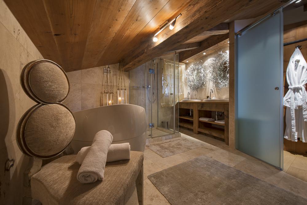 chalet-corniche-bathroom-2