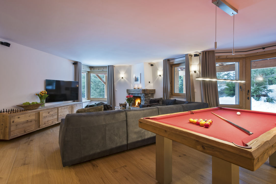 chalet-delormes-pool-table-2