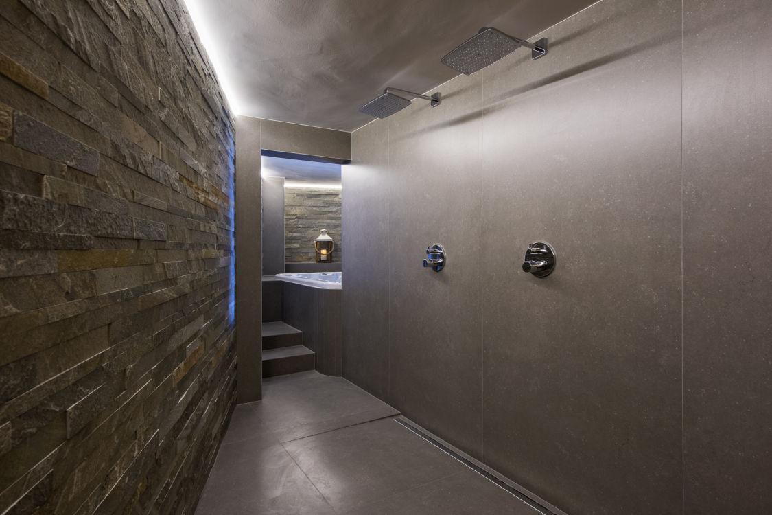 chalet-delormes-spa-entrance-2