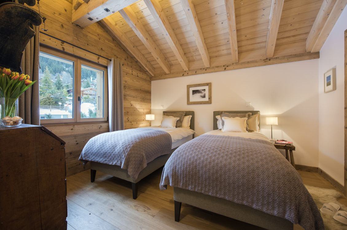 chalet-delormes-twin-room-2