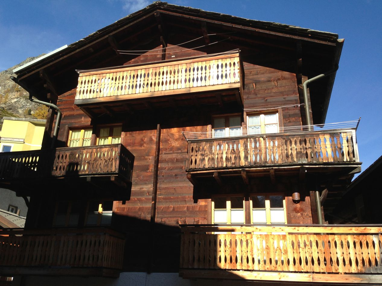 chalet-heidi-zermatt-traditional-wooden-summer-rental