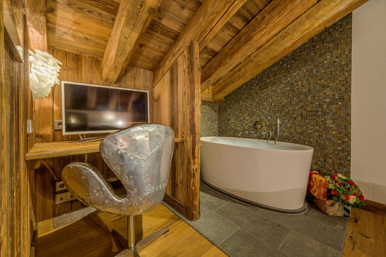 chalet-jupiter-bathroom-2