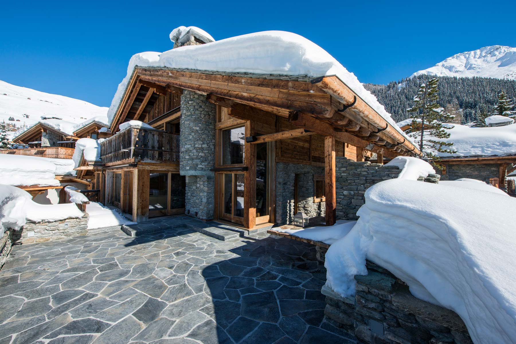 chalet-makini-exterior-2