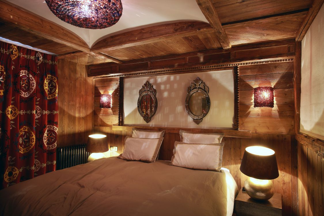chalet-marco-polo-bedroom2-3
