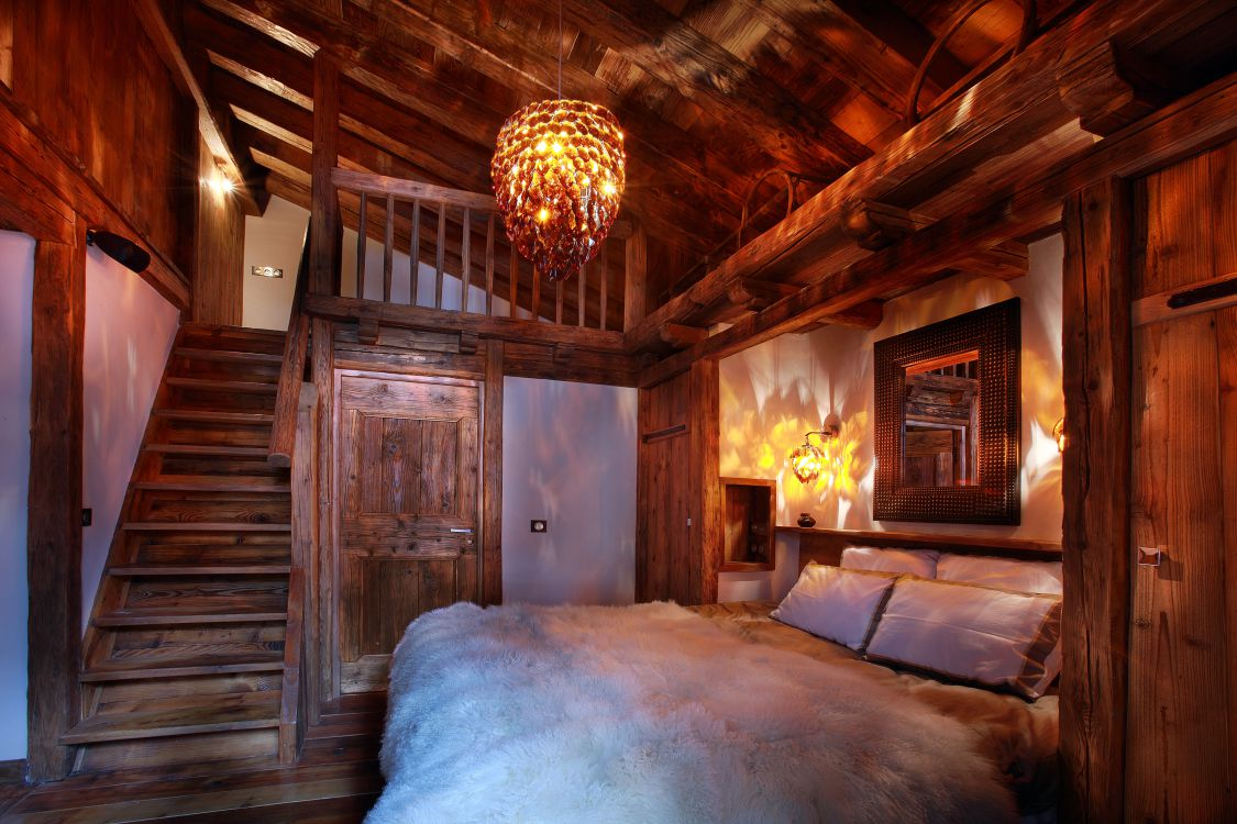 chalet-marco-polo-bedroom3-3