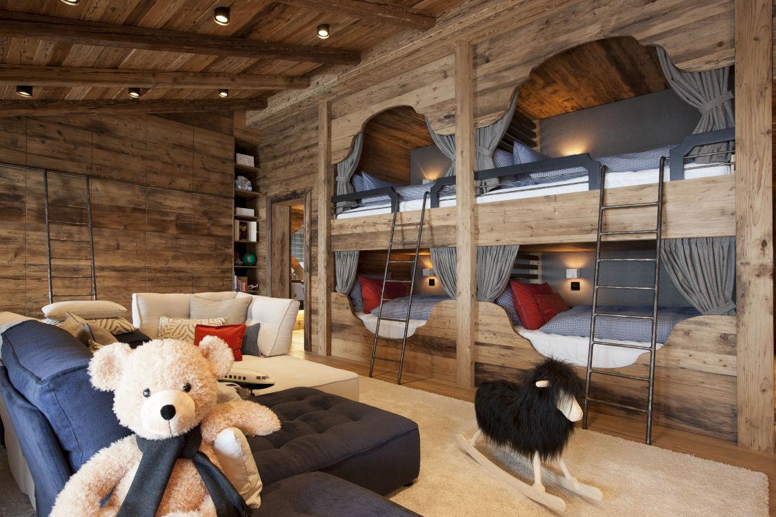 chalet-n-bunk-room-2