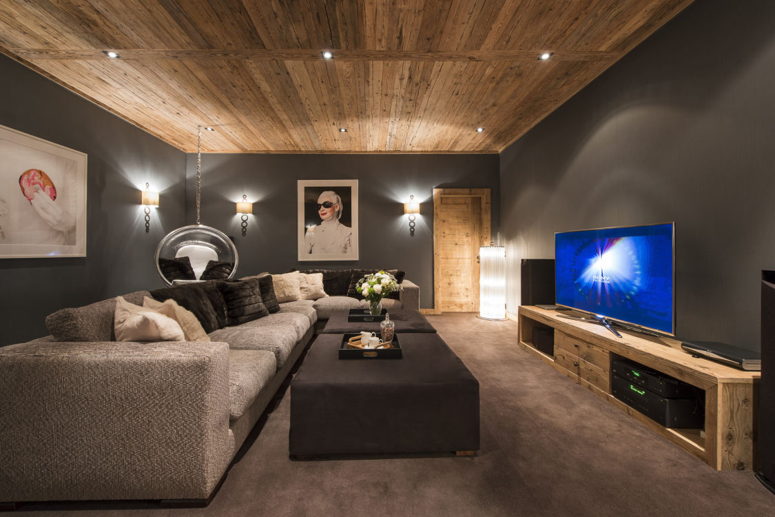 chalet-norte-cinema-room-2