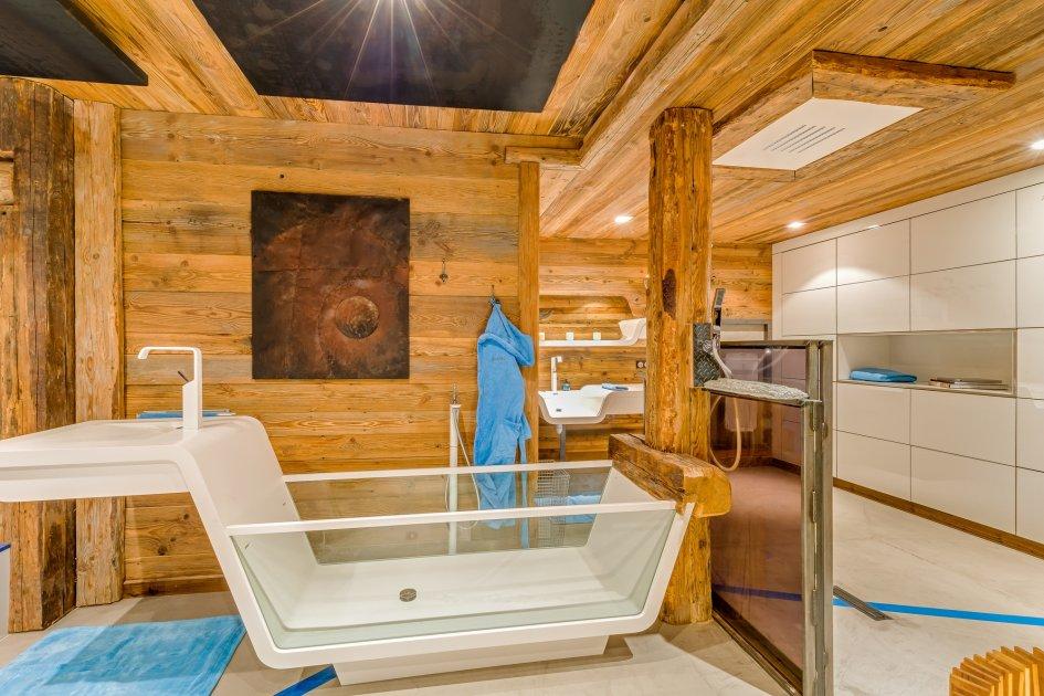 chalet-quezac-bathroom-2