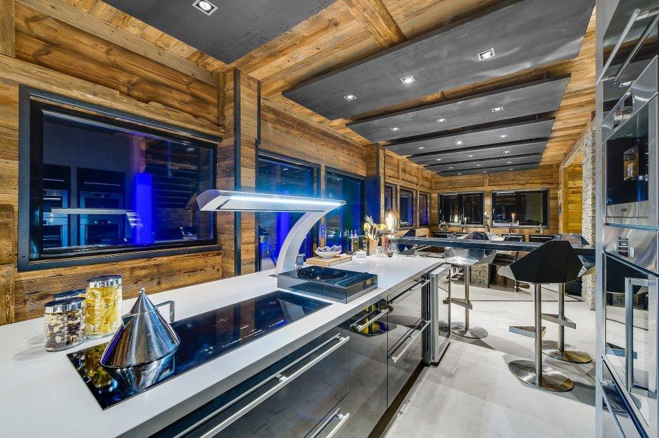 chalet-quezac-kitchen-2