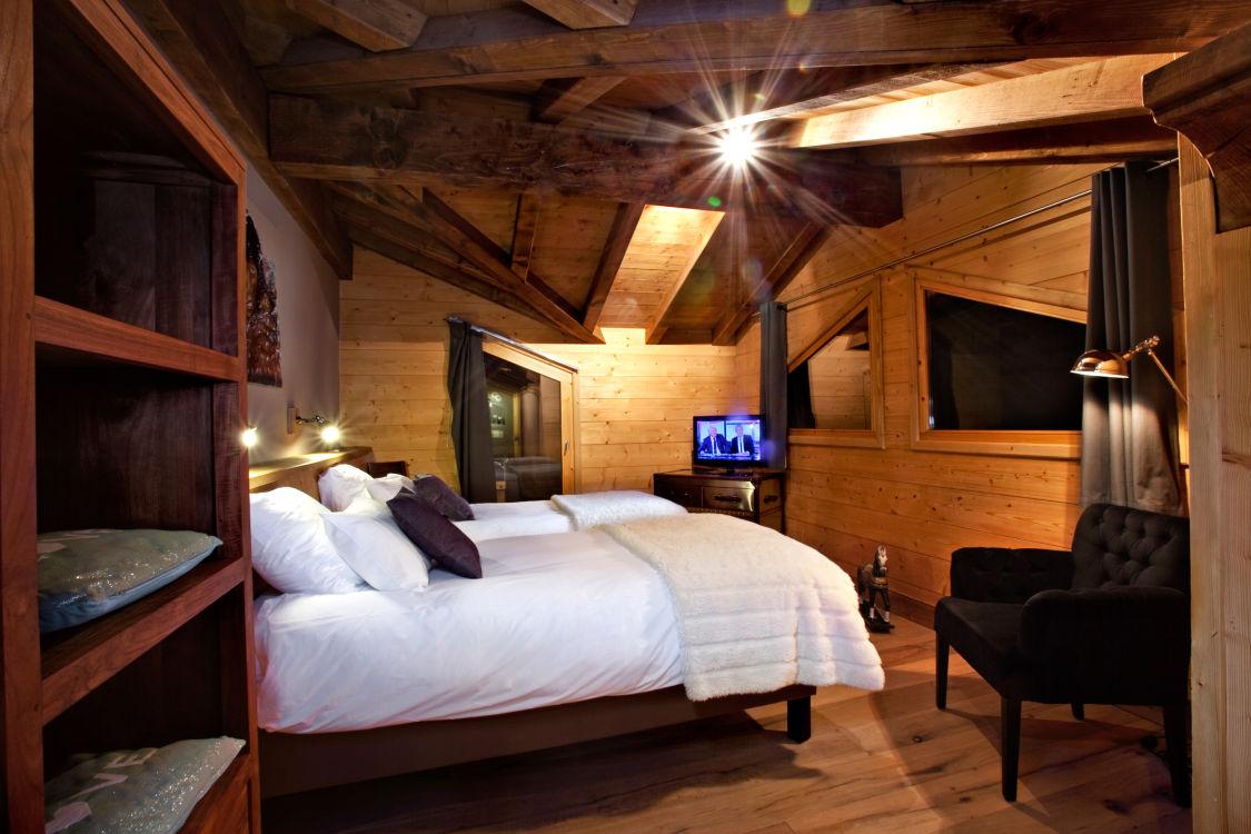 chalet-samarra-bedroom2-3