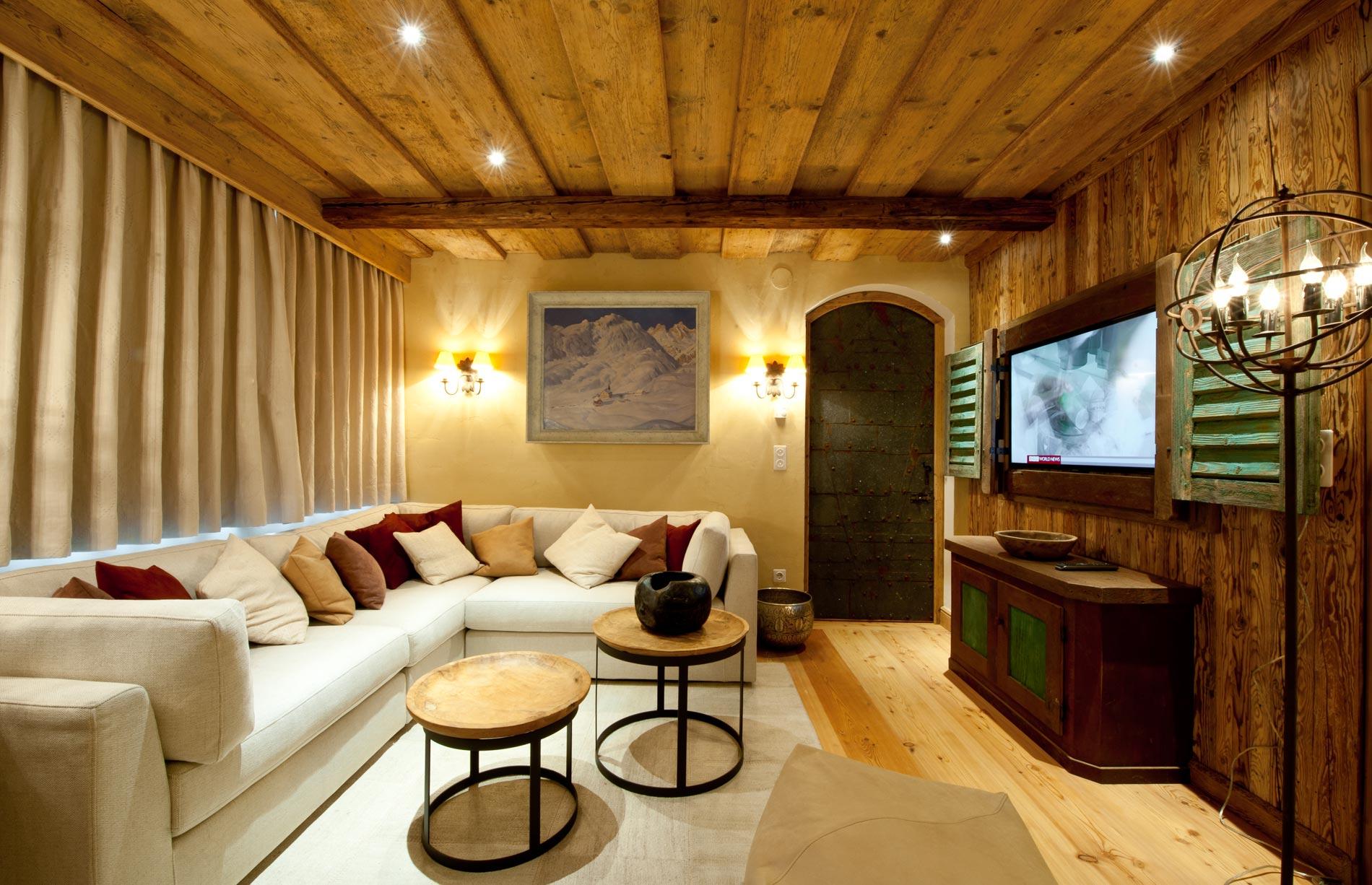 chalet-soline-tv-room-2