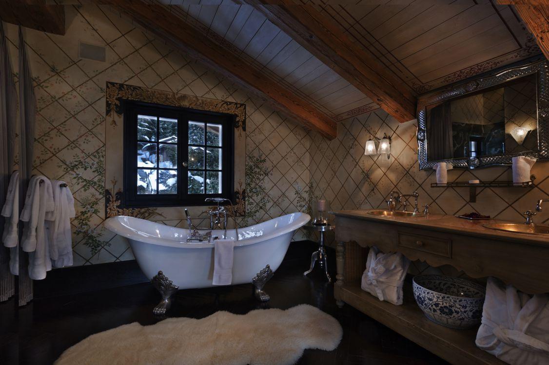 chalet-truffe-blanche-bathroom-2