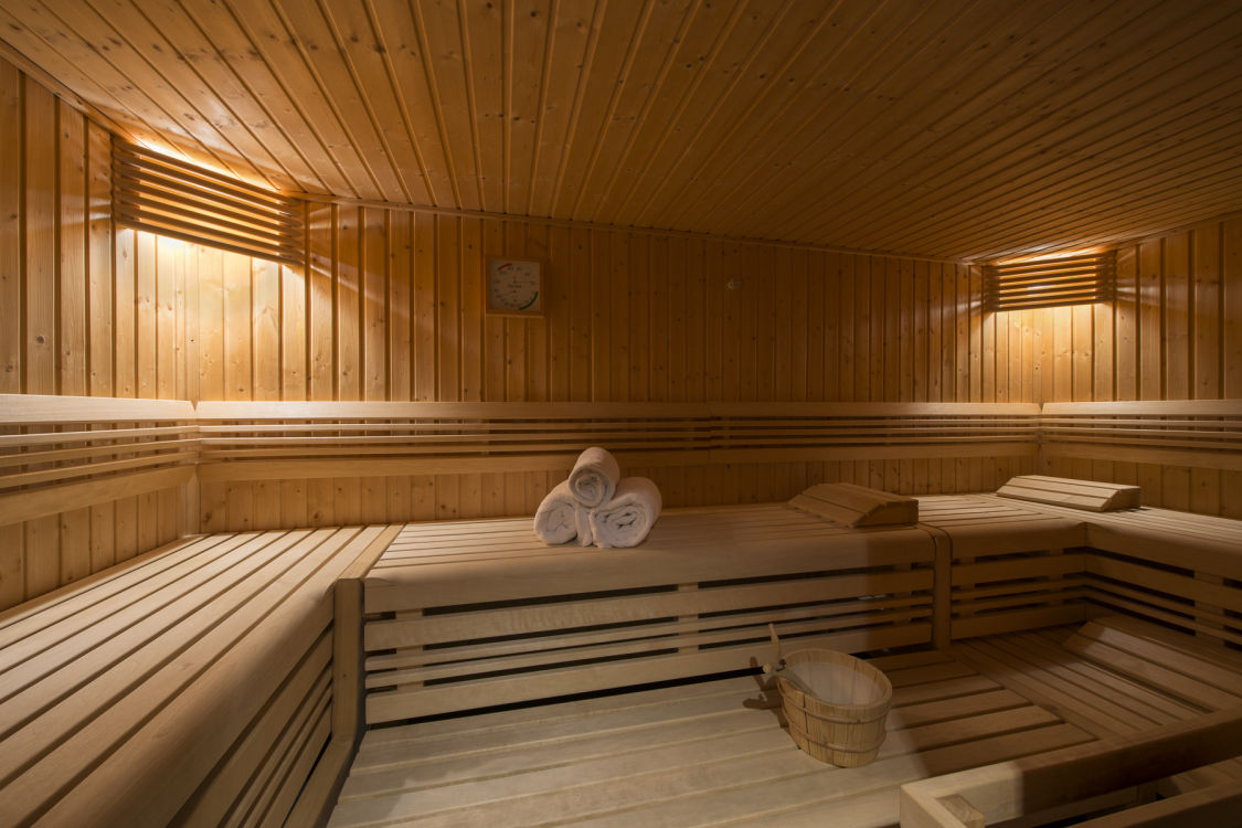 chalet-valentine-211-shared-sauna-2