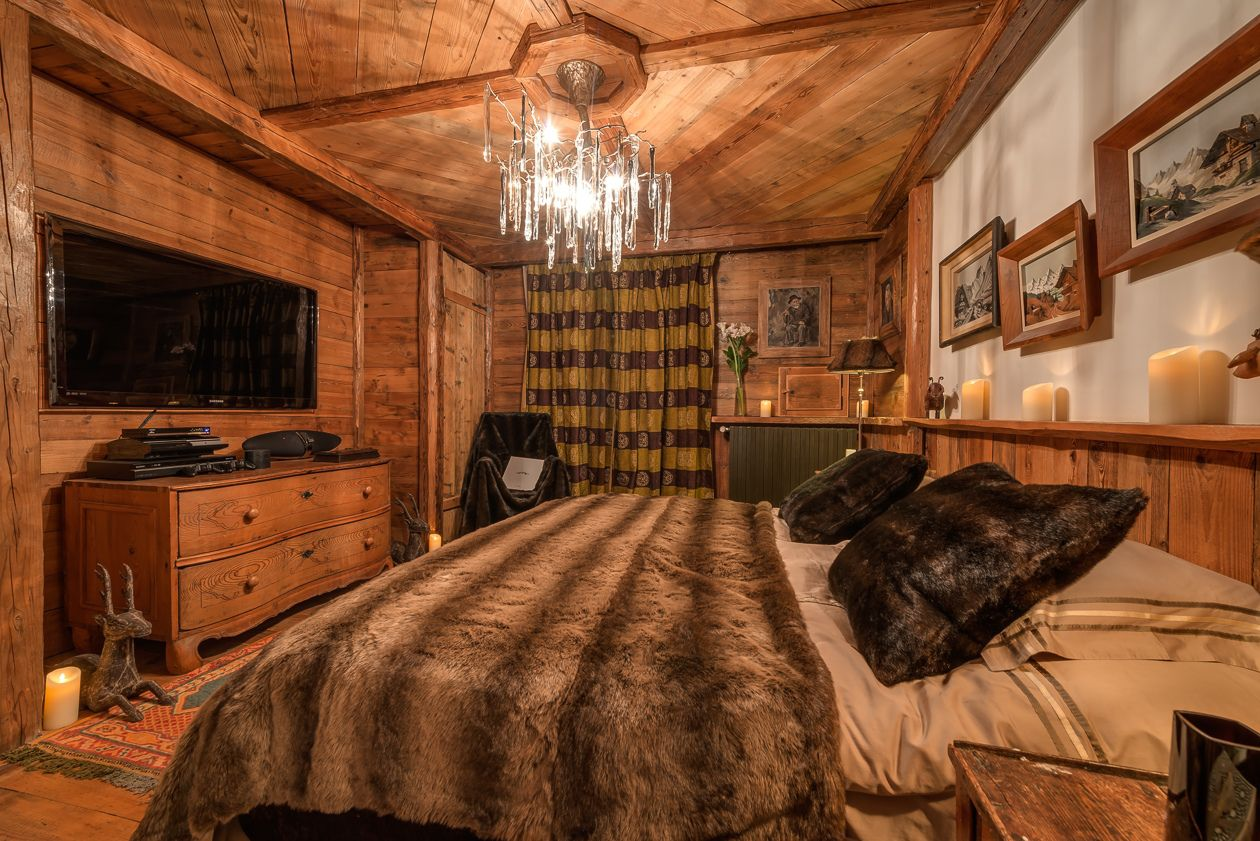 chalet-le-rocher-bedroom2-2
