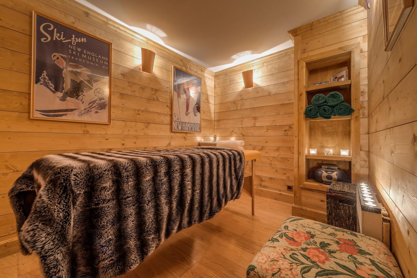 eb-massage-room