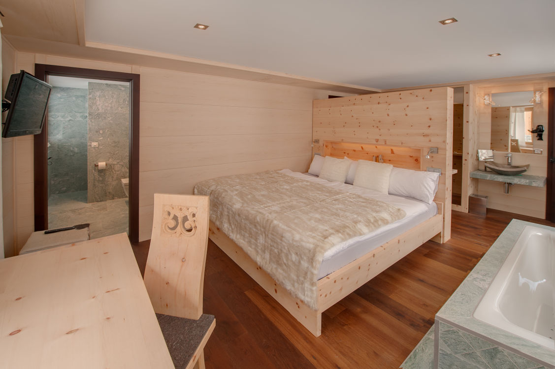 high-7-jewel-bedrooms-2