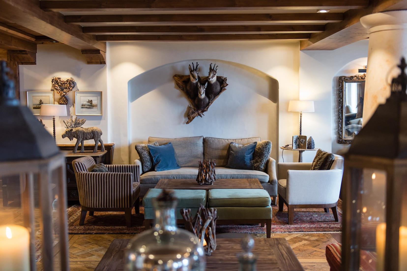 lounge-area-detail-portetta-amy-murrell-4