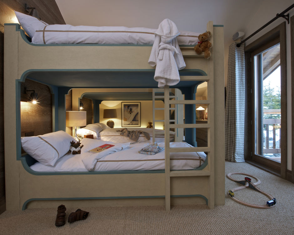 shemshak-lodge-bunk-room-2
