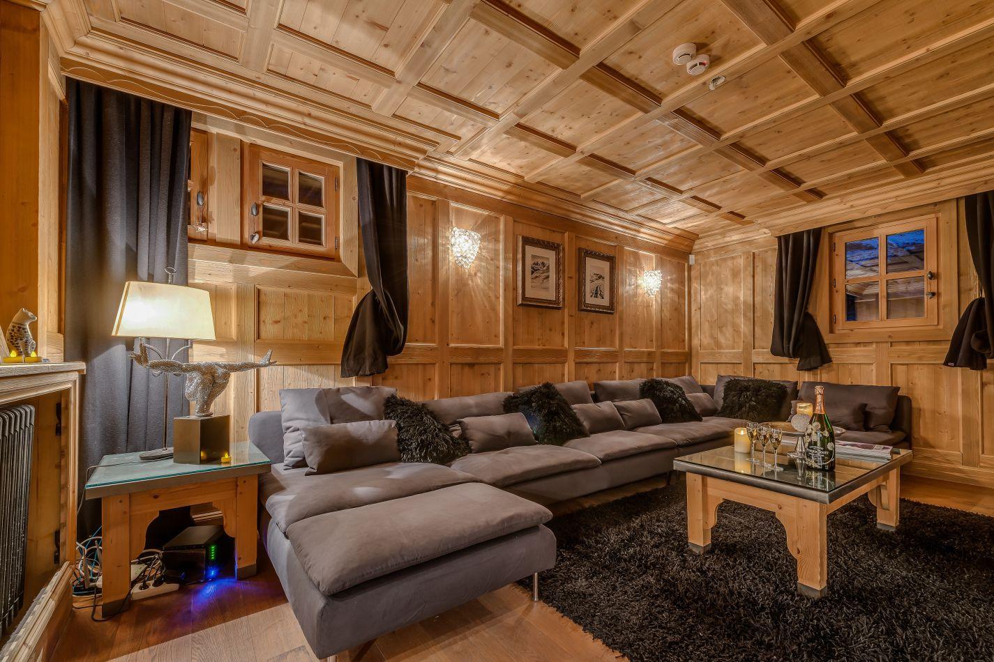solyneou-lounge-2