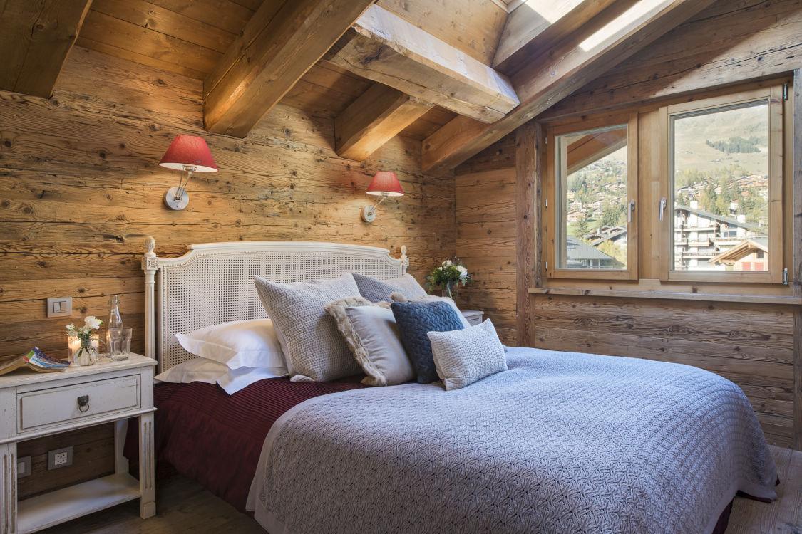 valentine-penthouse-bedroom-2