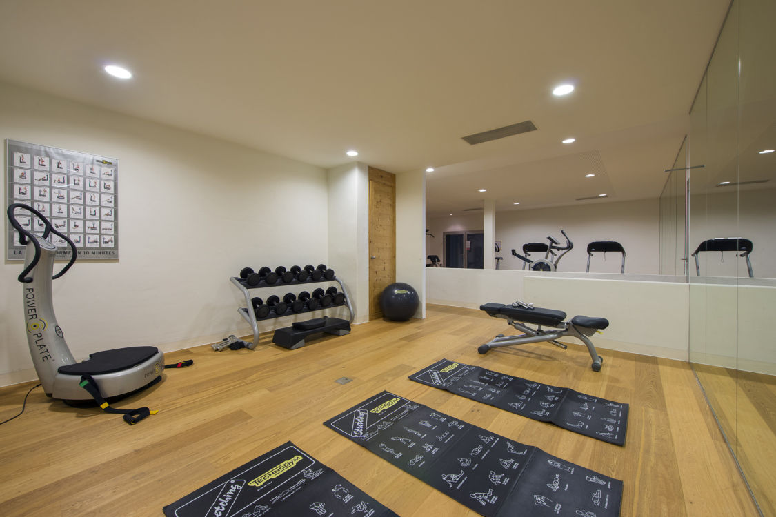 valentine-penthouse-shared-gym-2