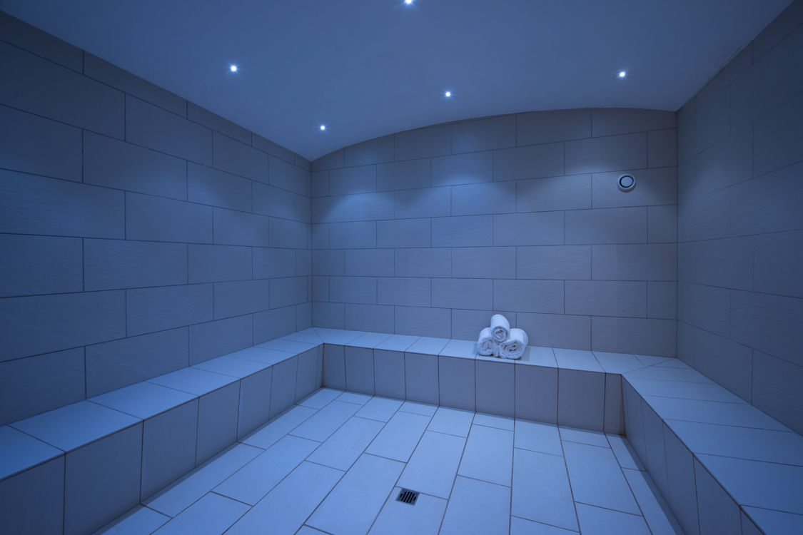 valentine-penthouse-shared-steam-room-2