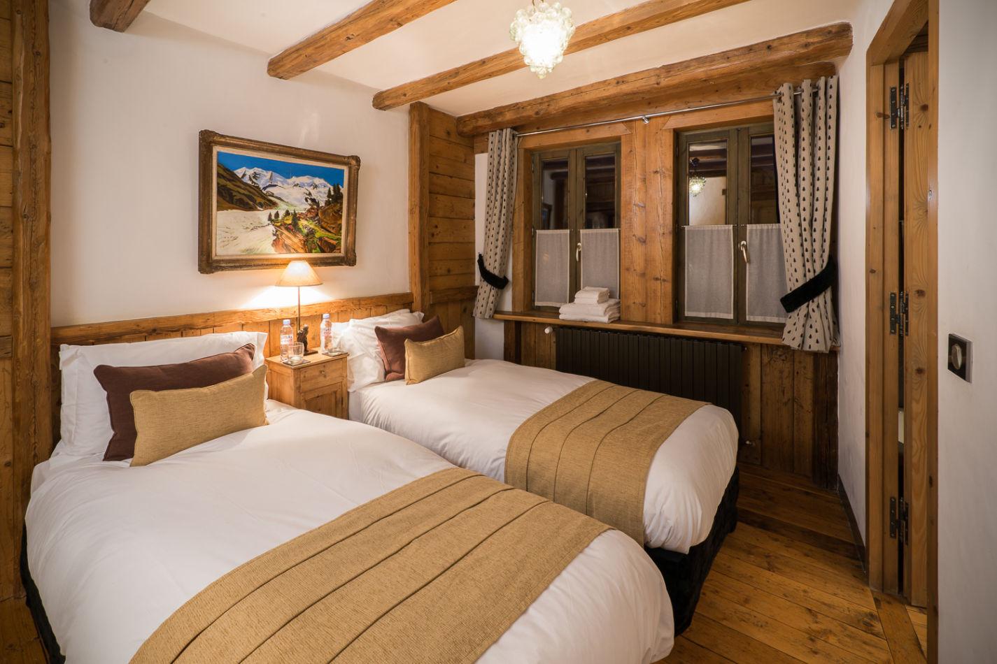 web_bedroom_twin_2