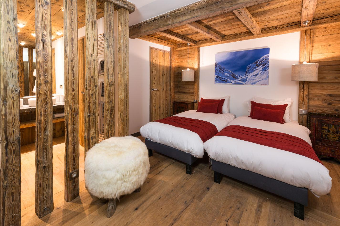 bedroom_2-5