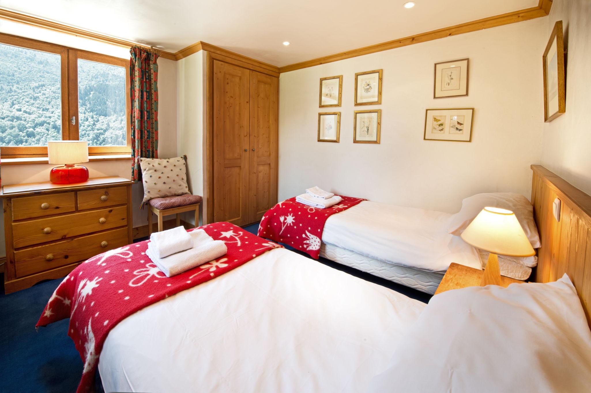 bedroom_twin-2