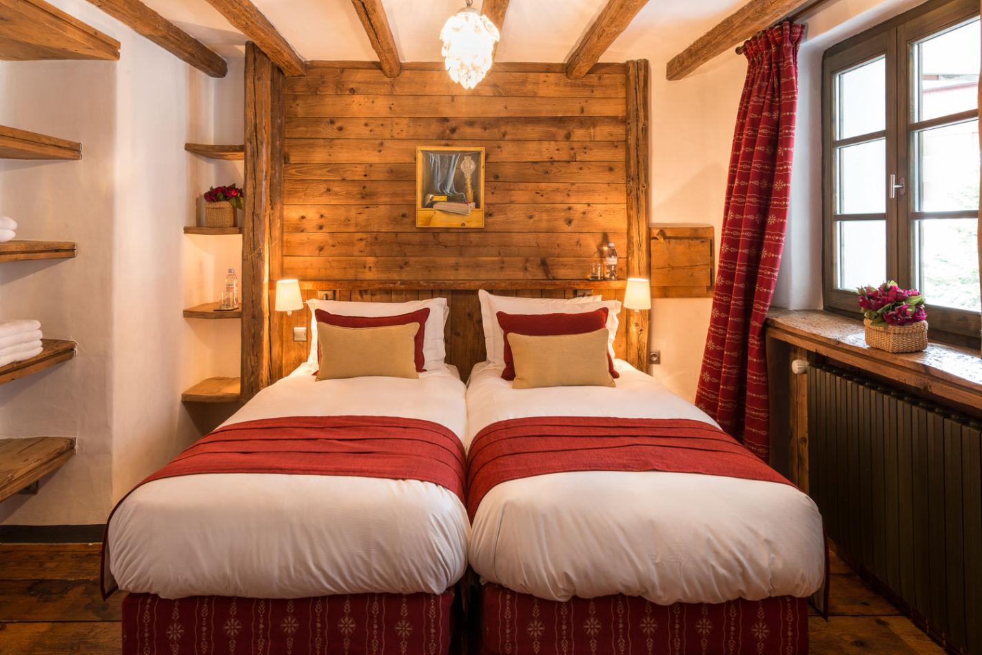 bedroom_twin_1-3