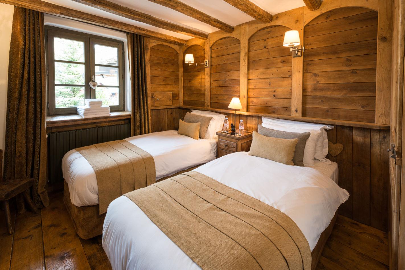 bedroom_twin_2