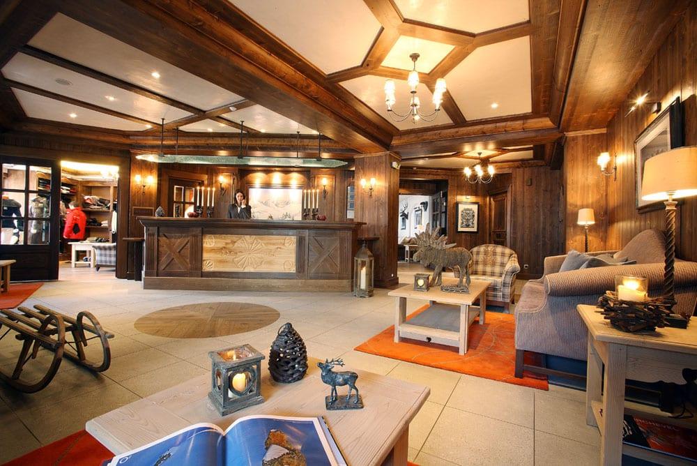 hotel-reception-3