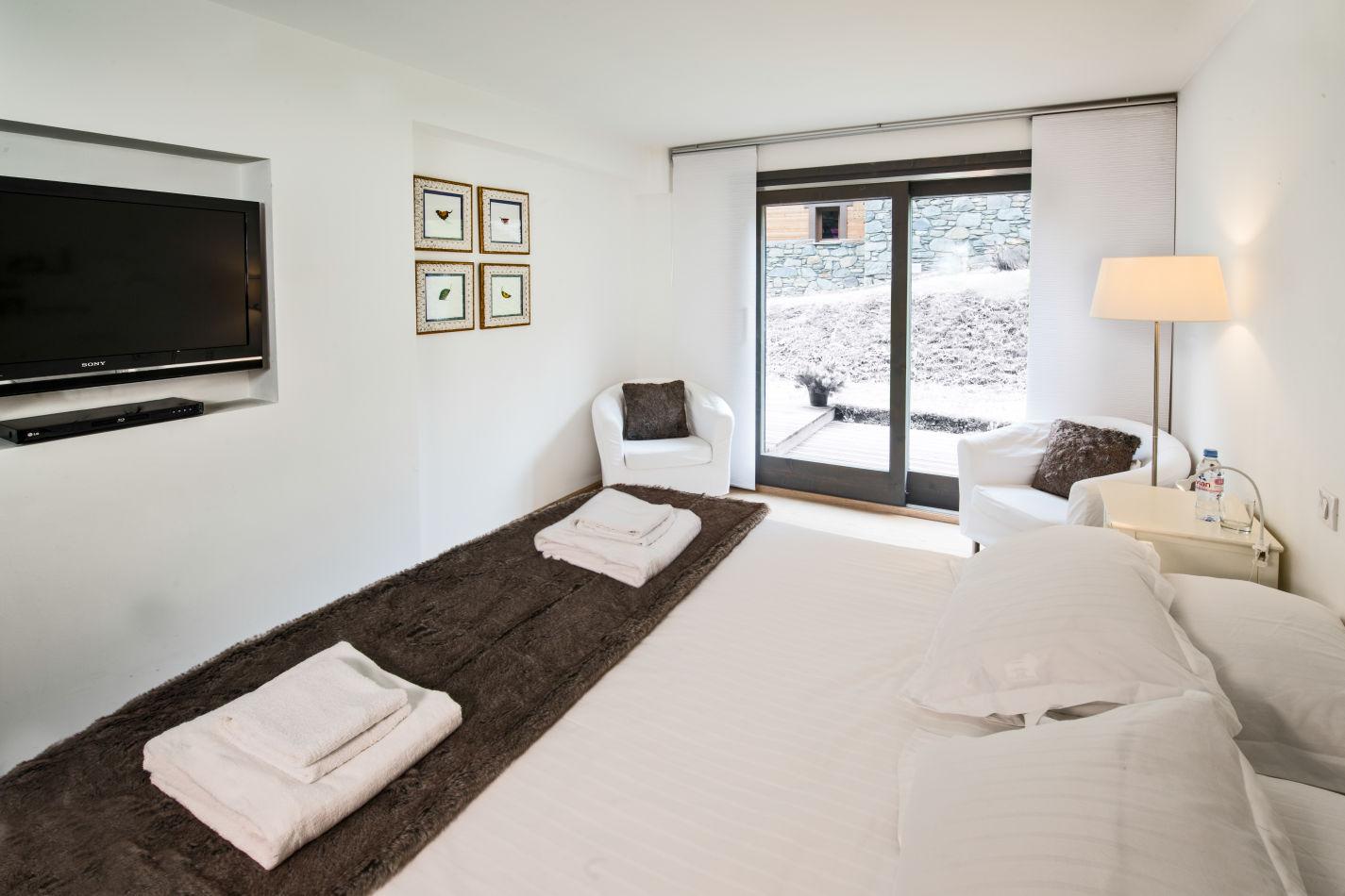 master_bedroom-4
