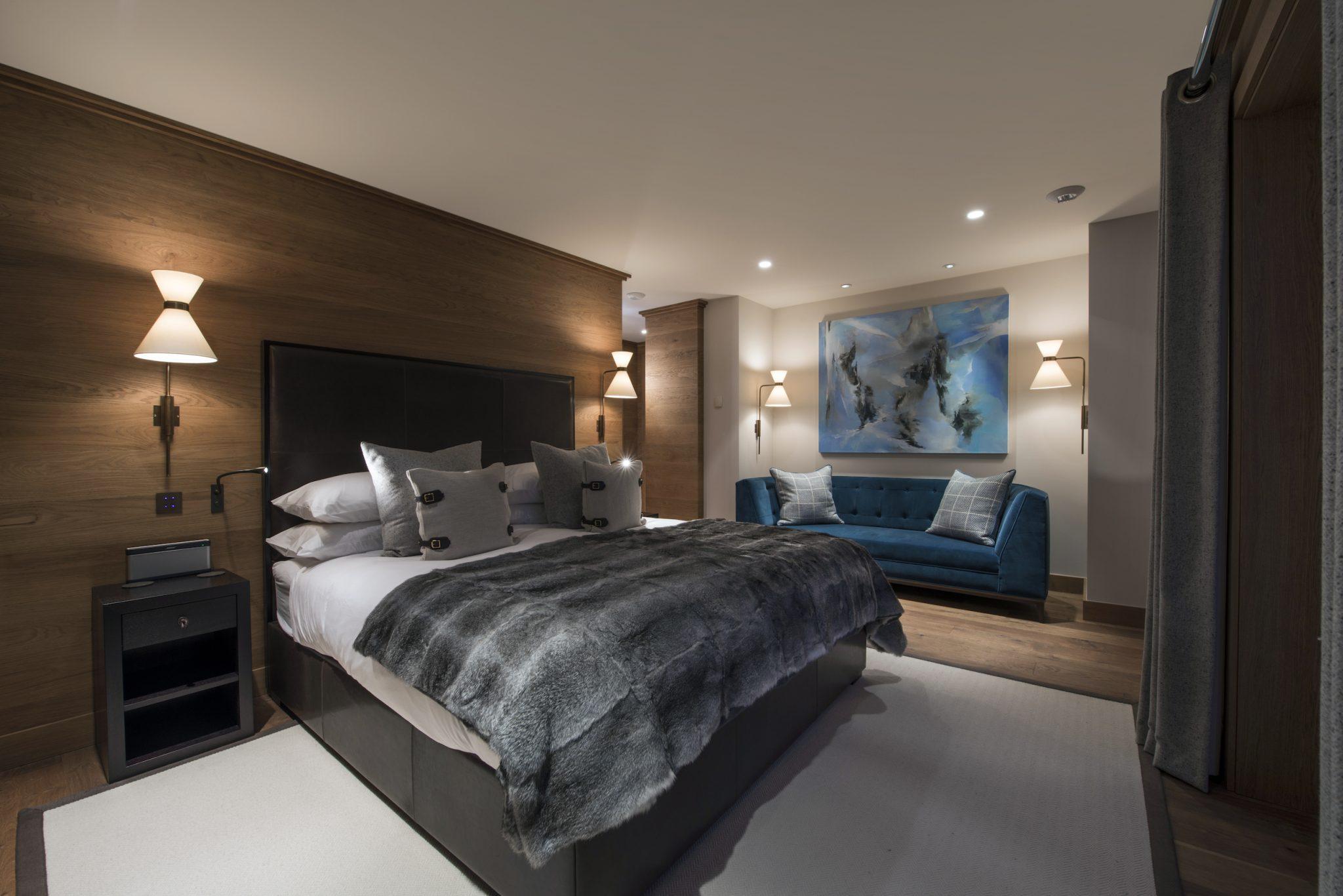 9-bedroom-1-master-2