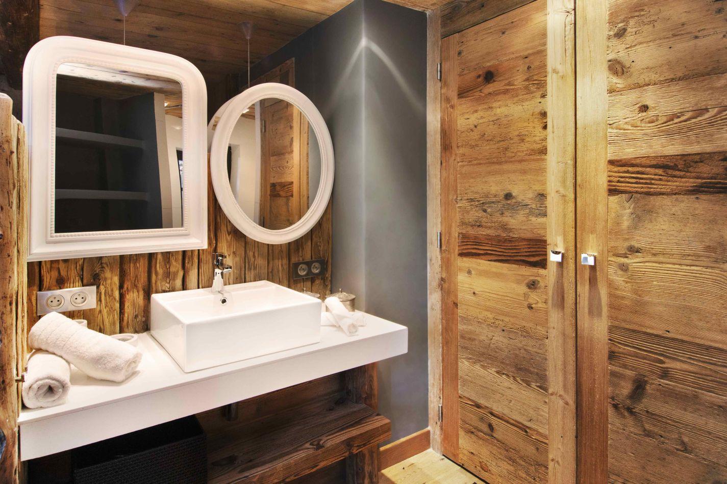 af-rive-gauche-bathroom